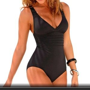 NWT Women's Fit Black Vintage Style Bathing suit